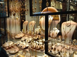 Where to buy jewelry in Bahrain